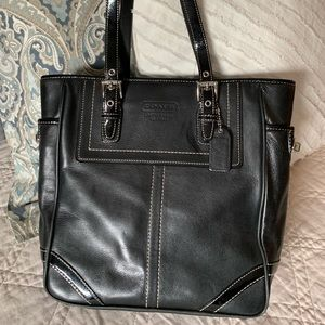 Black Leather Coach Tote w Patent Leather Accents